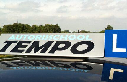 Kies voor de beste auto rijschool in Nijmegen!